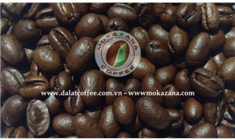 Brown dark roasted Culi beans